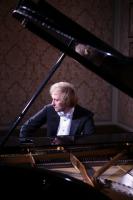 Ivo Kahánek – Česká klavírní výprava